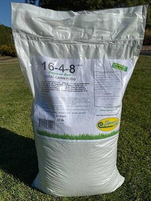 Total Lawn Food 16-4-8 + Iron.