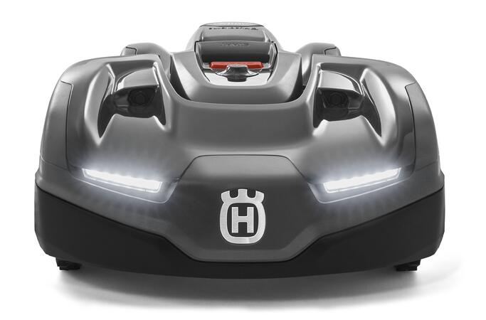 Front Husqvarna Automower 435X AWD