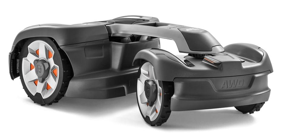Pivoting Rear Body Design Husqvarna Automower 435X AWD